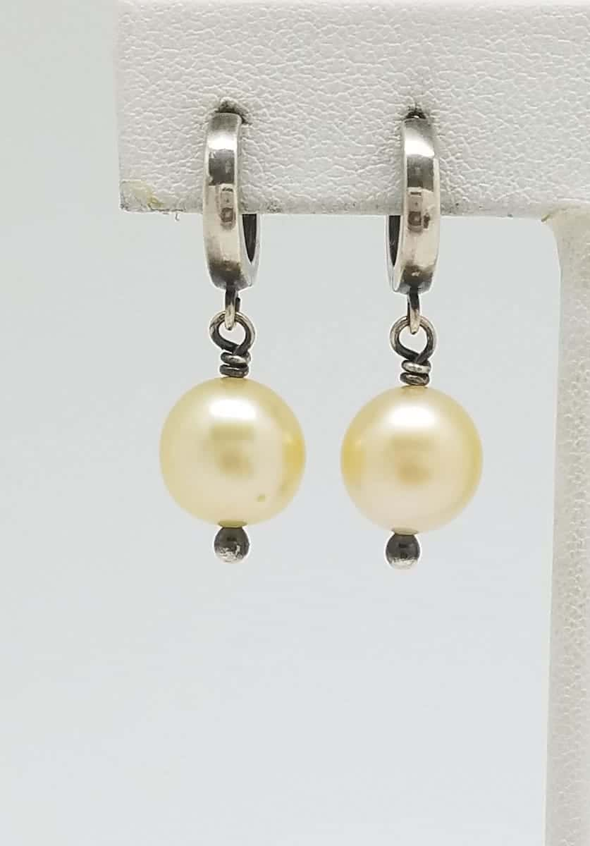 Kary Kjesbo Designs South Sea Golden pearl earrings 10.5mm