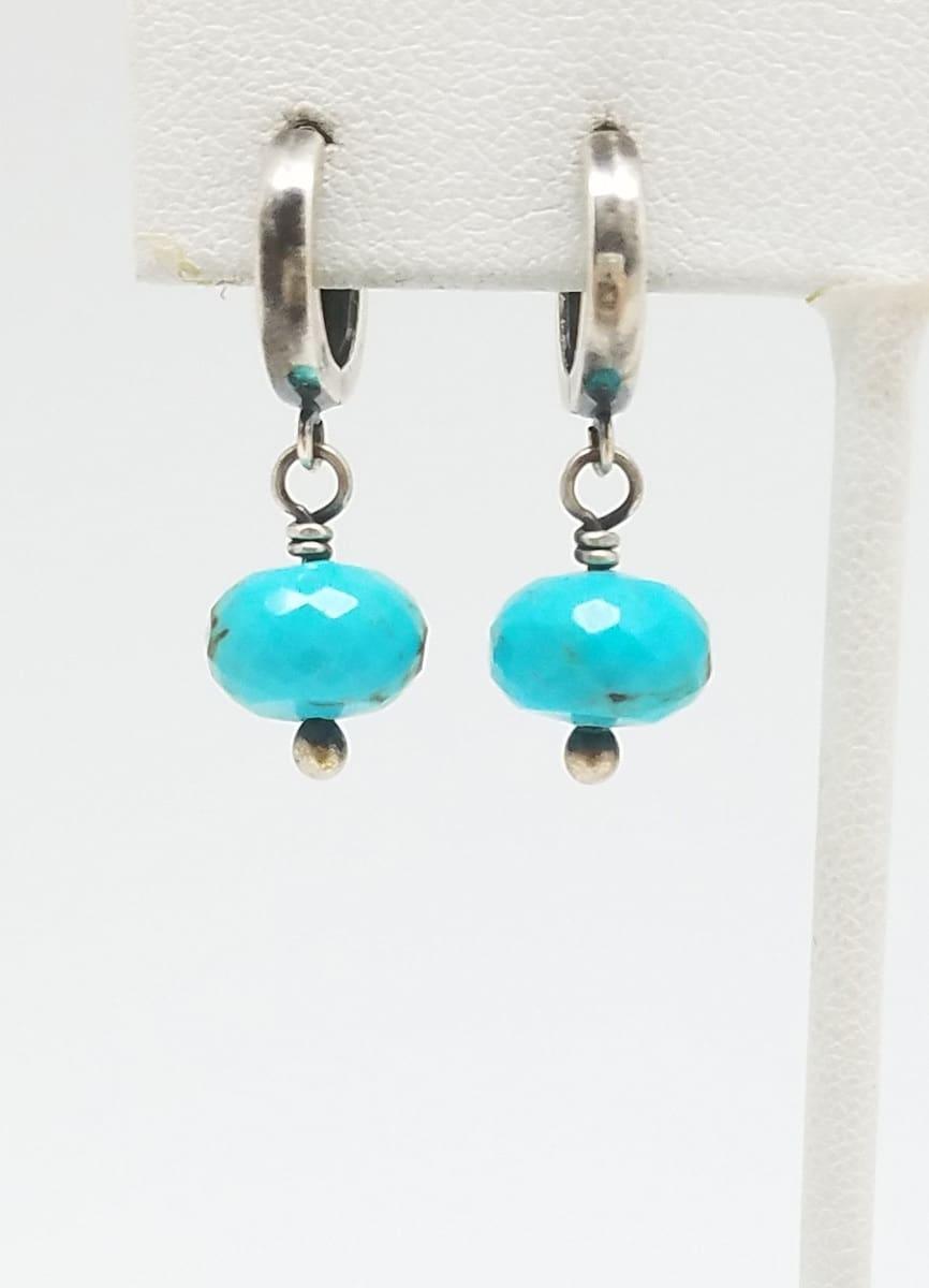 Kary Kjesbo Designs Turquoise earrings 1 drop 9mm